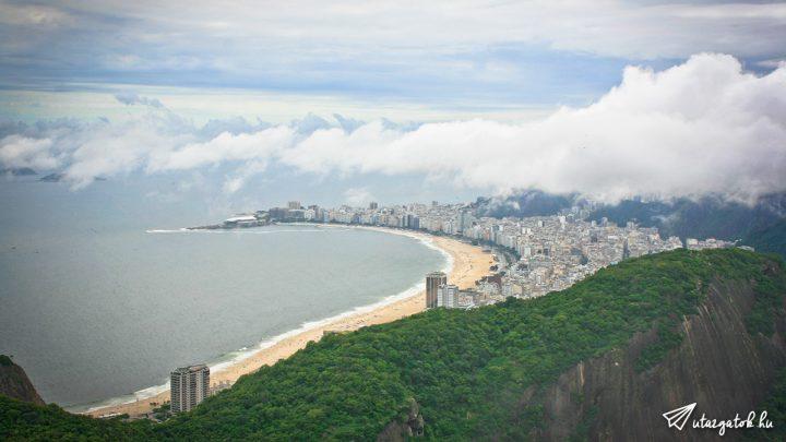 Copacabana ívelt partja madártávlatból